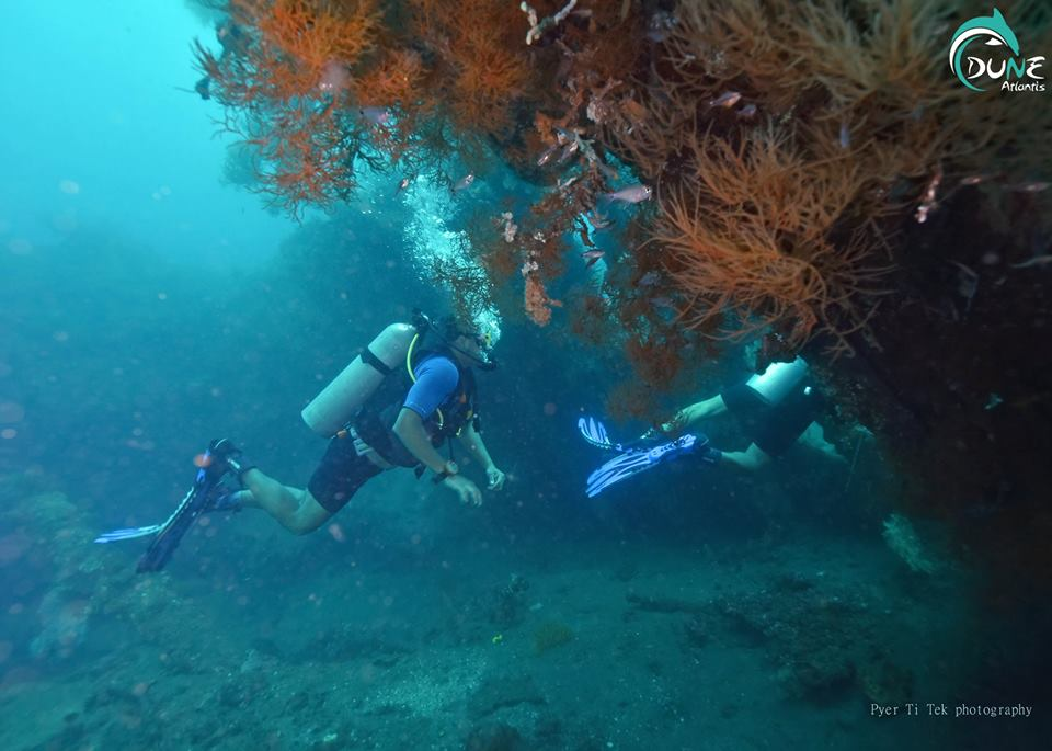best diving places in bali