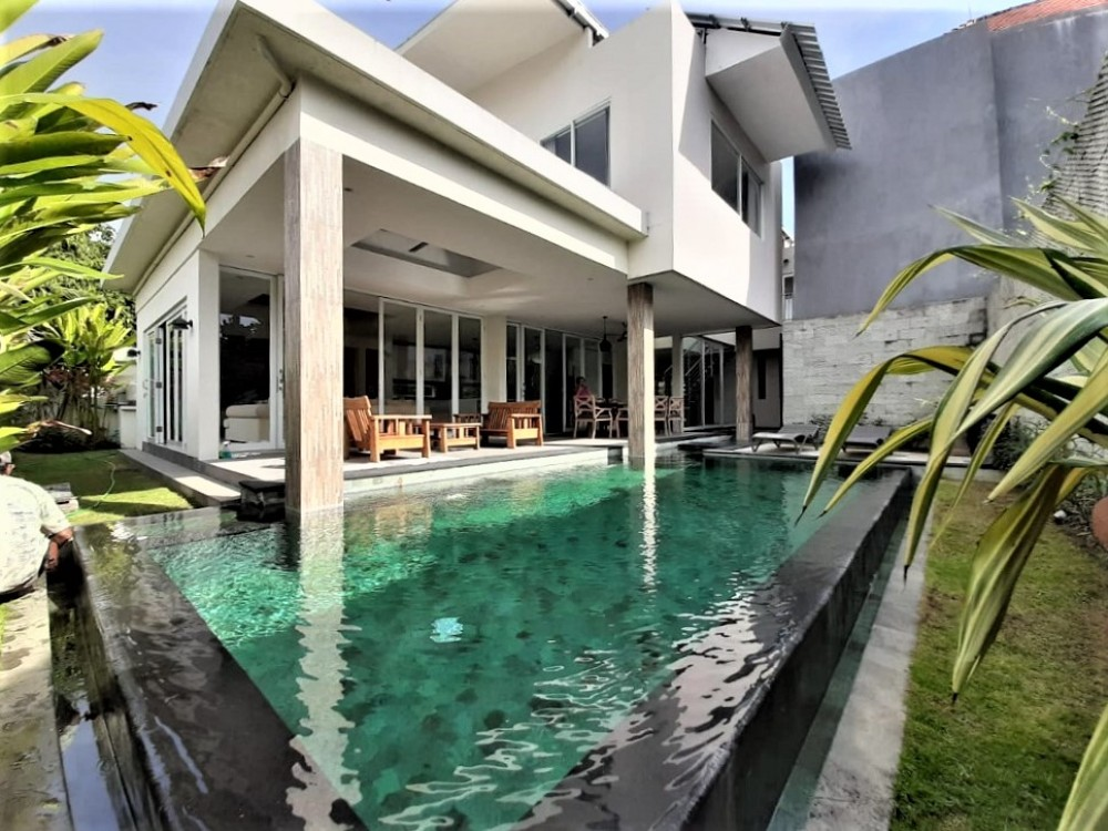 Villa Sanur Bali with a private pool, the best accommodation to relax