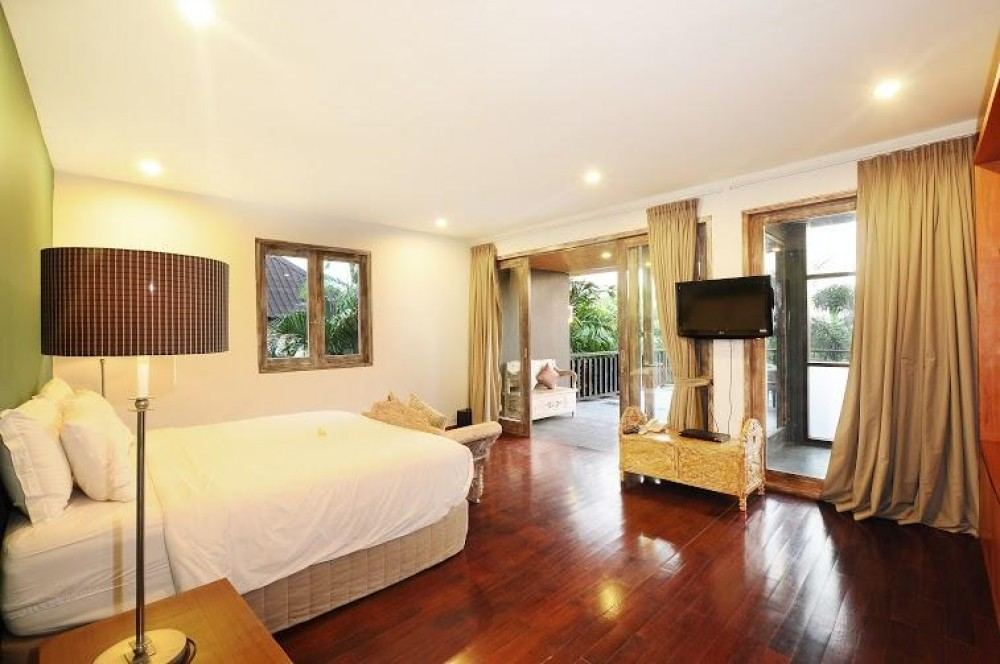 a comfort bedroom luxury villas bali