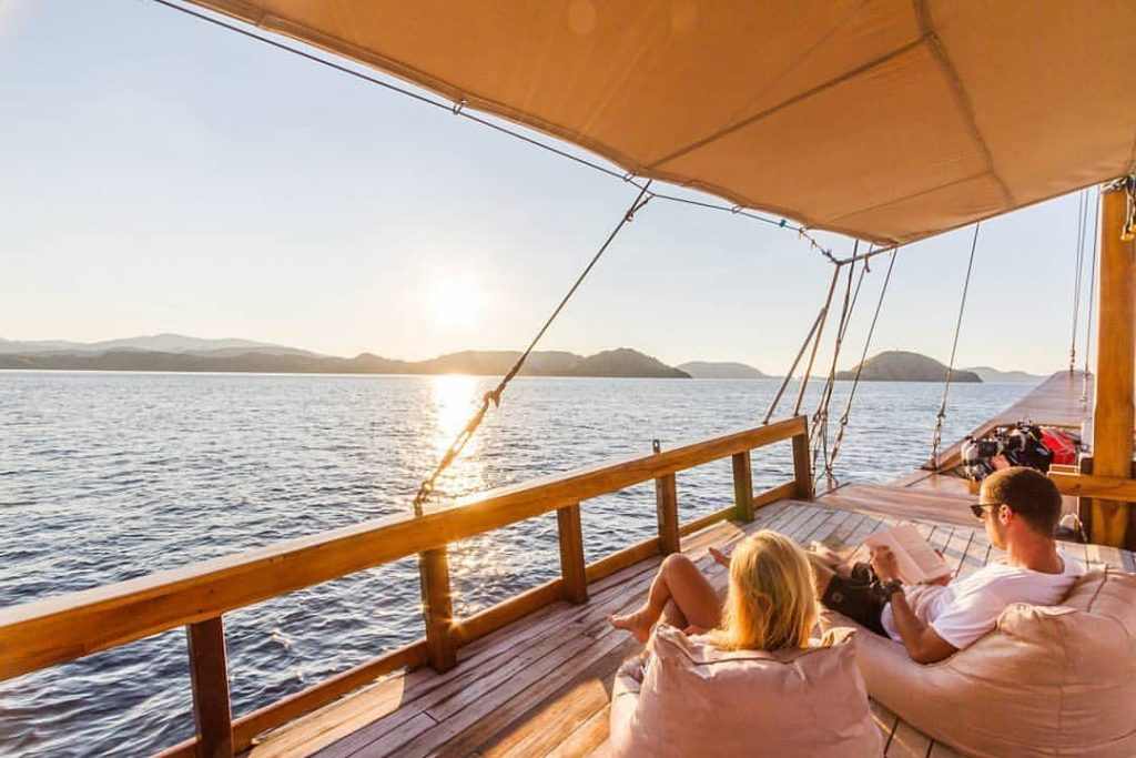 It Doesn't Have the Luxuries of Liveaboard