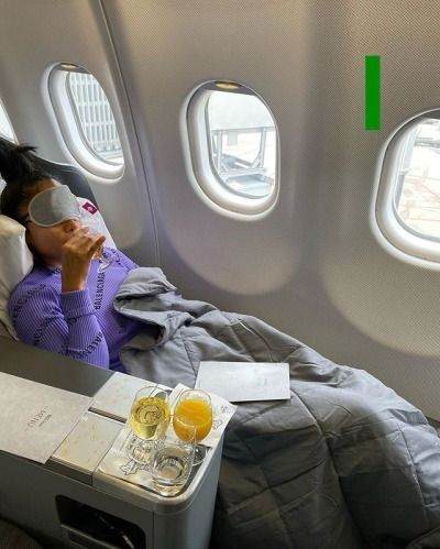 How to prevent yourself from getting sick on plane